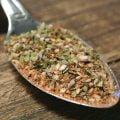 Hawaii kryddmix - Hawaii är en smakrik kryddmix med bland annat oregano och basilika. Används med fördel till fläskkött och marinader.