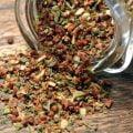 Med mozzarellamix gör du enkelt en god salladsdressing. Även gott i bröd.