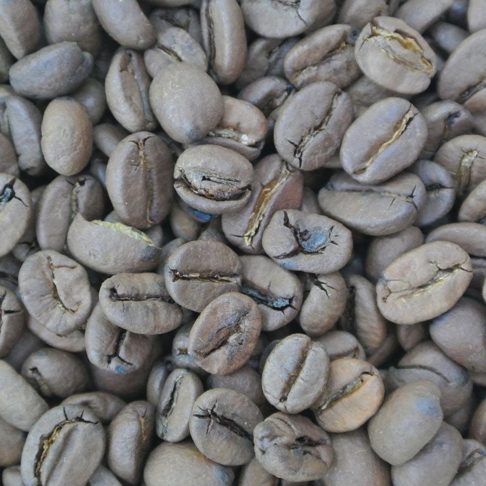 Arabicakaffe med smak av rostad mandel. Genom att rosta mandeln framhävs den goda mandelsmaken i kaffet extra tydligt.