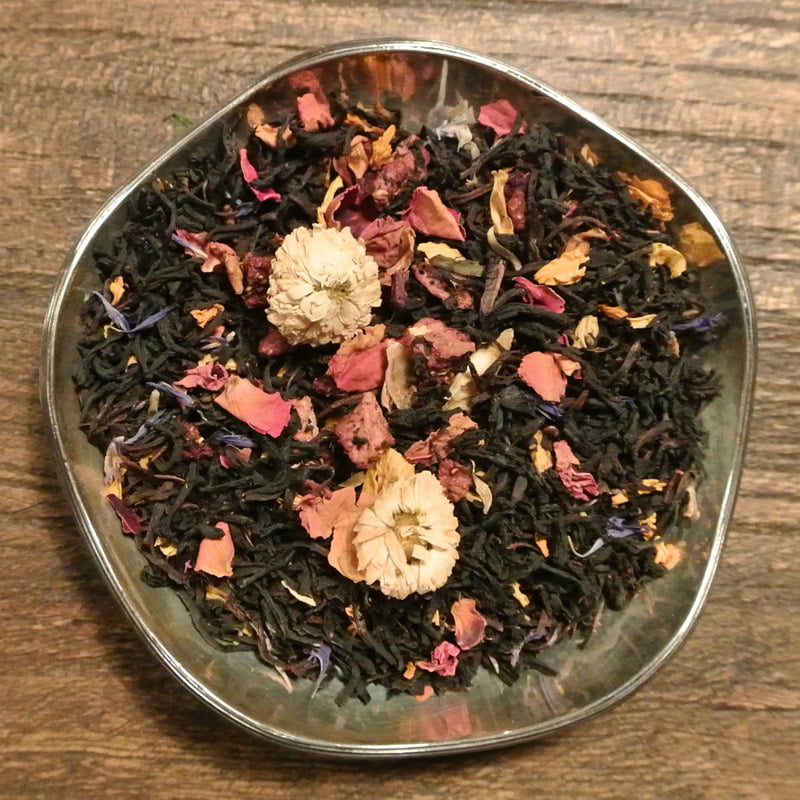 Underbar morgon är ett svart te med smak av jordgubb. Ett vackert te som smakar och luktar underbart.