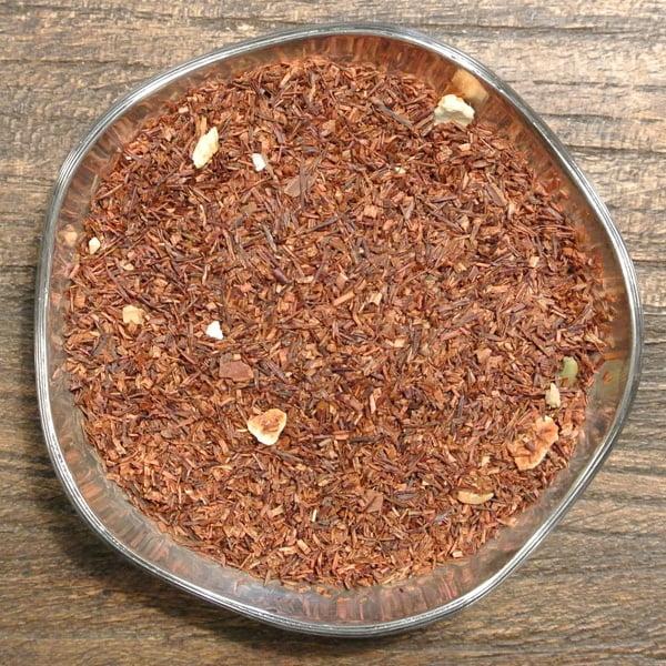 Sydafrikansk rooibos med smak av pepparkaka. Innehåller kanel, ingefära, kardemumma samt apelsin.
