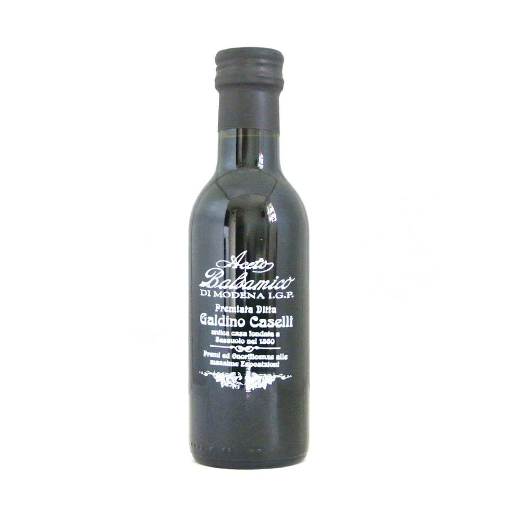 Balsamvinäger från Italienska Galdino Caselli. Gjord på druvor från Modena Lambrusco och Trebbiano och lagrad i 4 år.