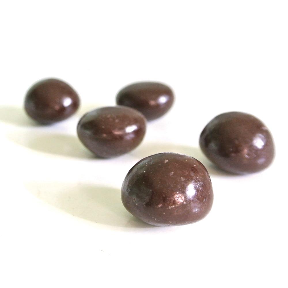 Italienska praliner fyllda med flytande grappa likör. Ett knaprigt överdrag av sockerkristaller omsluter likören samt ett yttre överdrag av choklad.