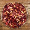 Somrigt fruktte med smak av jordgubb och kiwi. Innehåller bitar av jordgubb och äpple samt hibiskus och nyponskal. Lika gott kallt som varmt.