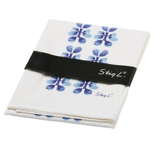 Kökshandduk med Stig Lindbergs mönster Blues. Mått 50x70 cm. Material 50% lin, 50% bomull. Tvättas i 40 grader.